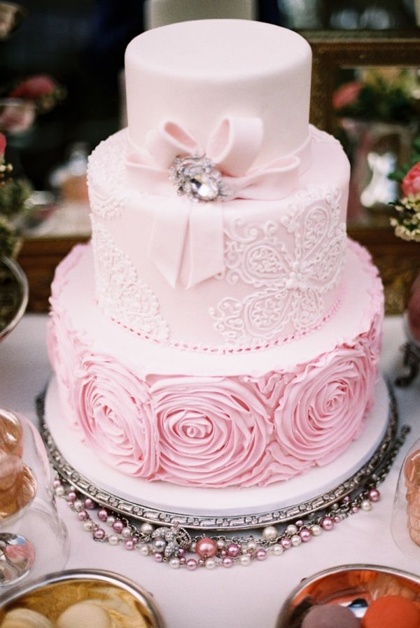 pale pink wedding cakes