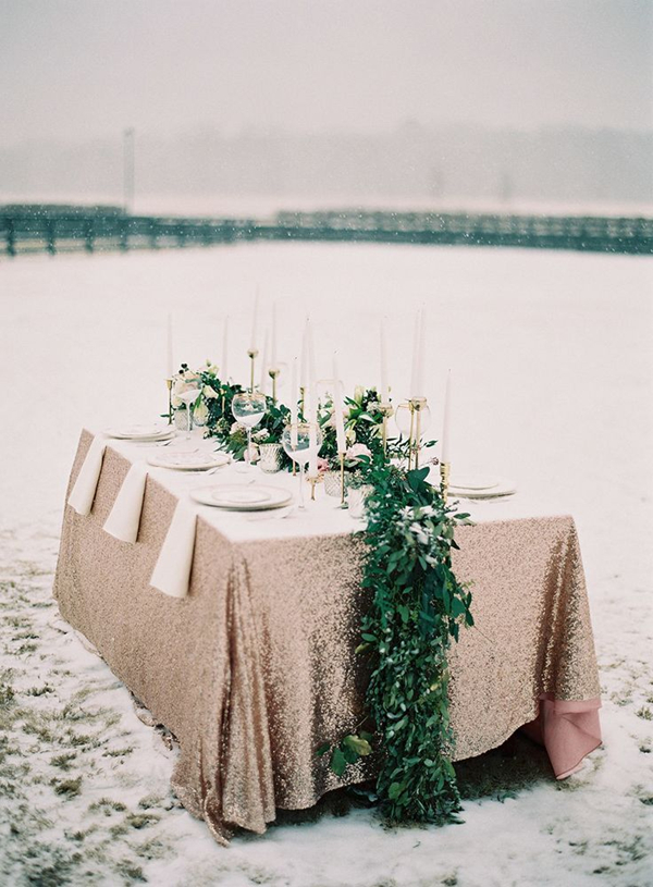perfect magical winter wedding tablescapes ideas