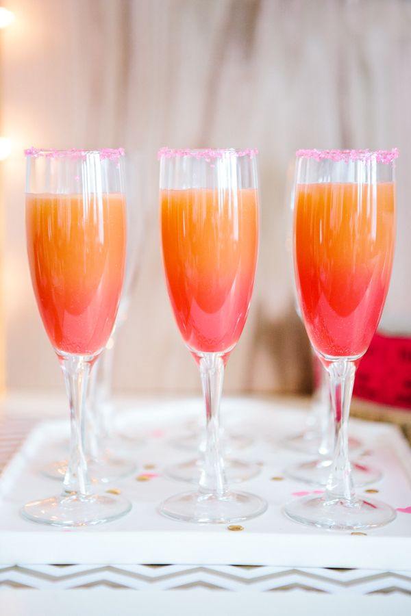 tasty ombre ideas for cocktail and wedding