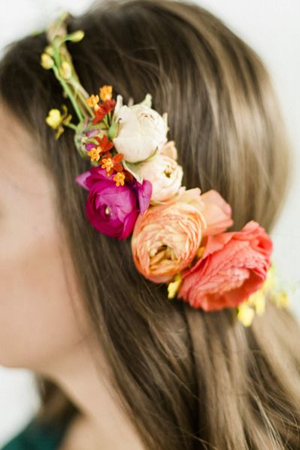 DIY spring wedding floral halo wedding with ranunculus
