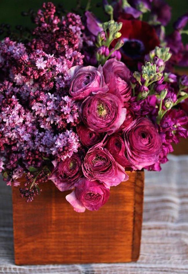 Romantic Wedding Centerpieces With Ranunculus