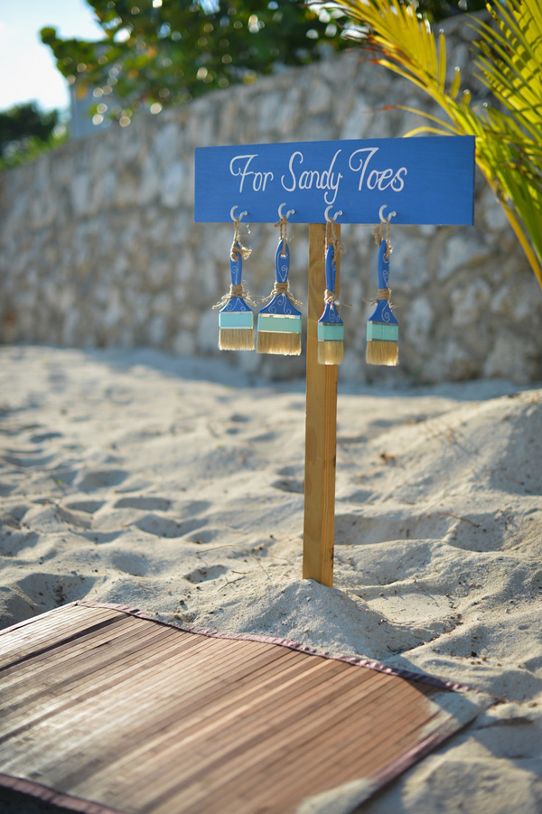 beach wedding sign ideas