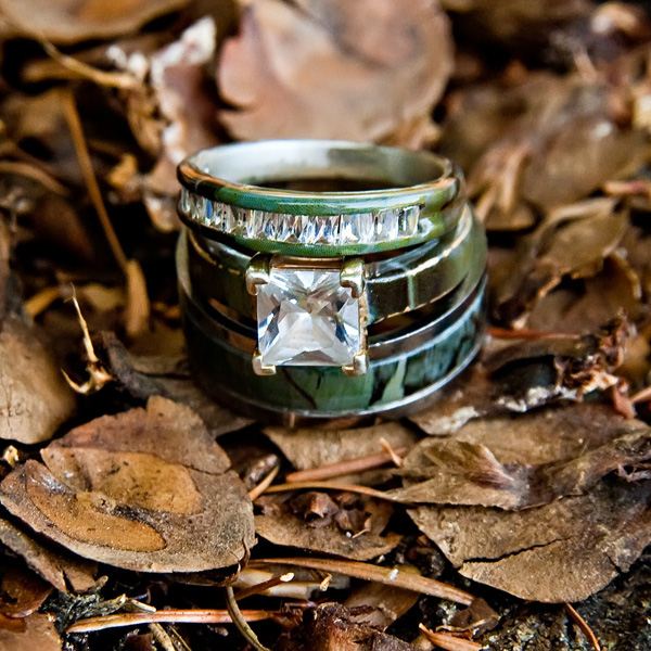 camo wedding engagement rings from realtree