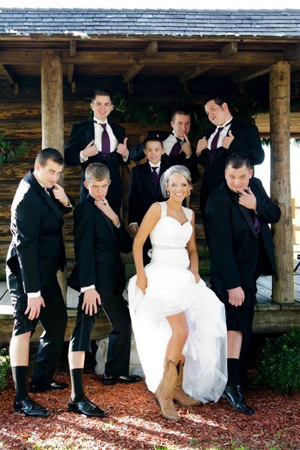 funny and cute wedding photo ideas for your wedding party