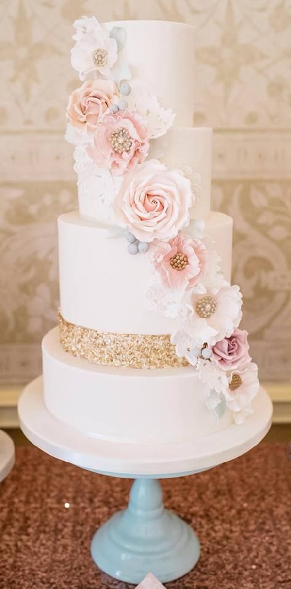 glittery wedding cake inspration with chic classy design details
