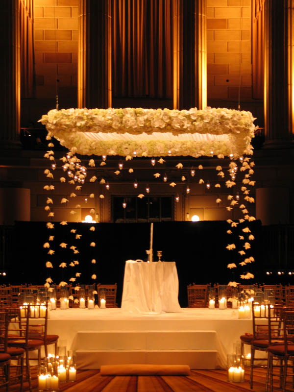 gorgeous wedding chuppah ideas for indoor weddings
