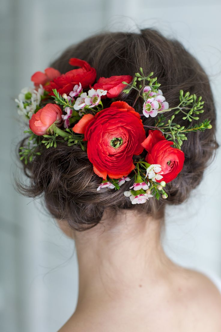 romantic barn wedding inspiration wedding accessory ideas with ranunculus