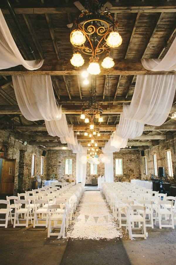 20 awesome indoor wedding ceremony dcoration ideas romantic indoor barn wedding ceremonies with lights junglespirit Images