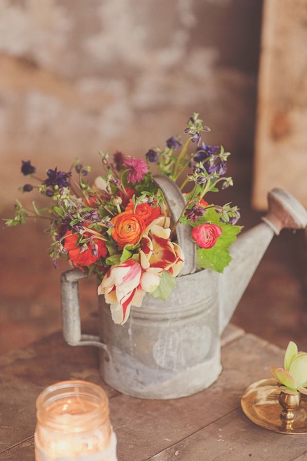 rustic country DIY wedding decor ideas with kettle