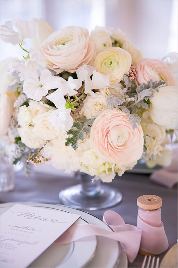 spring wedding centerpiece ideas with ranunculus