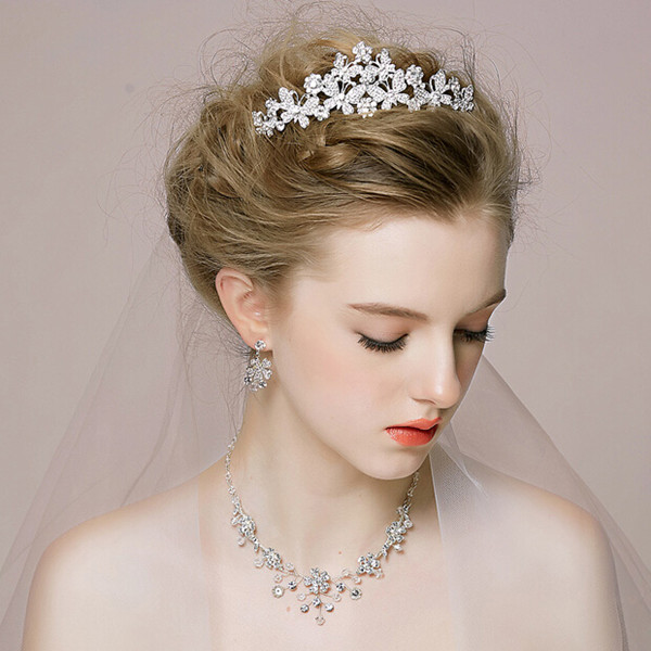 affordable-floral-rhinestone-wedding-tiaras-EWAHP025