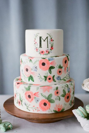 pretty hand painted floral wedding cake ideas