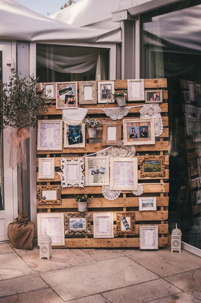wooden pallet photo display ideas for vintage weddings