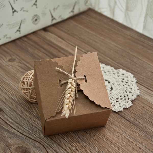 rustic-eco-friendly-wedding-favor-boxes-with-dried-wheat-stalk-EWFB089
