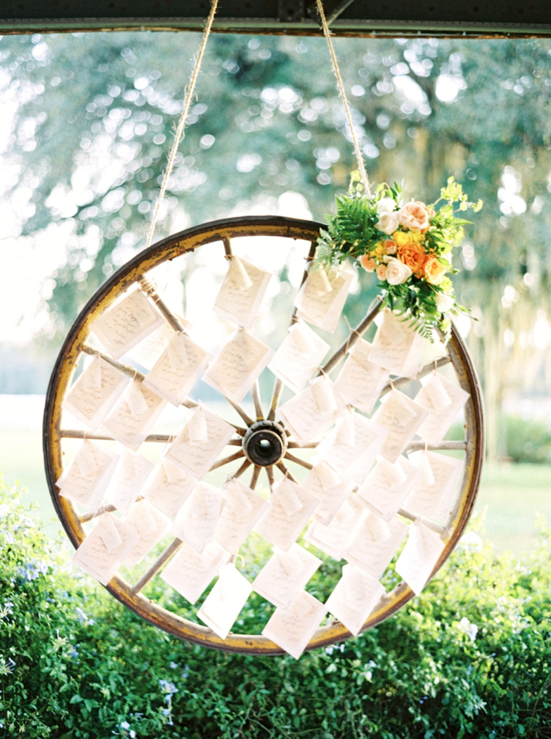 wagon wheel wedding escort display ideas