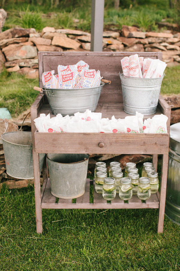 rustic outdoor tables 24 awesome rustic outdoor wedding ideas to steal