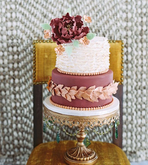 marsala and peach wedding cakes for fall