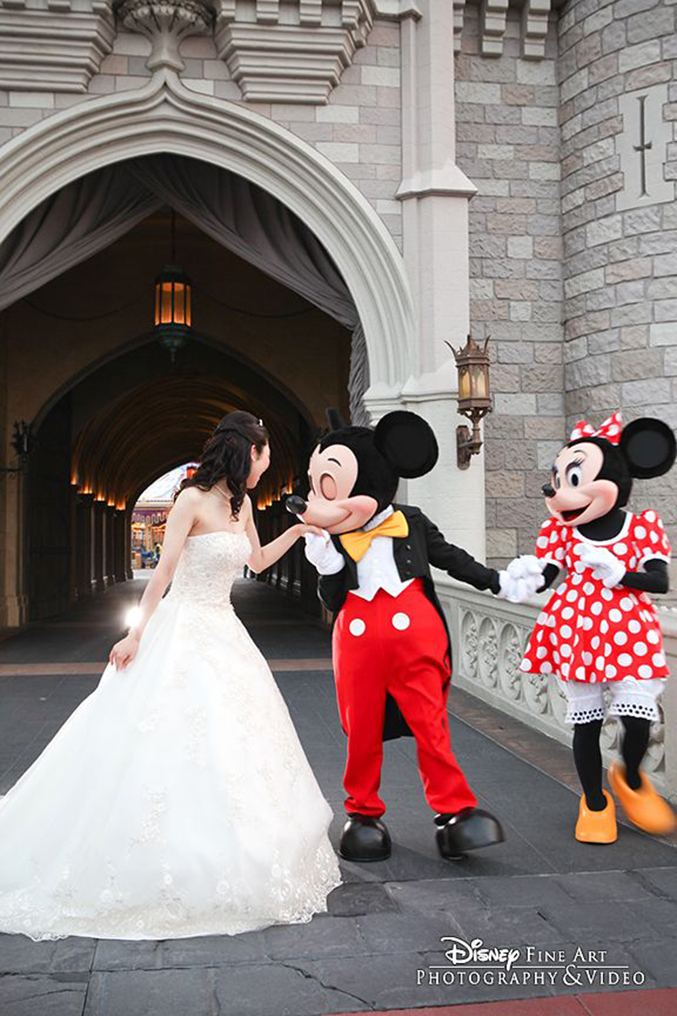 fan disney wedding photos