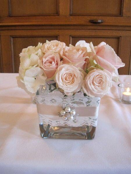 square vase wedding centerpiece with pearls