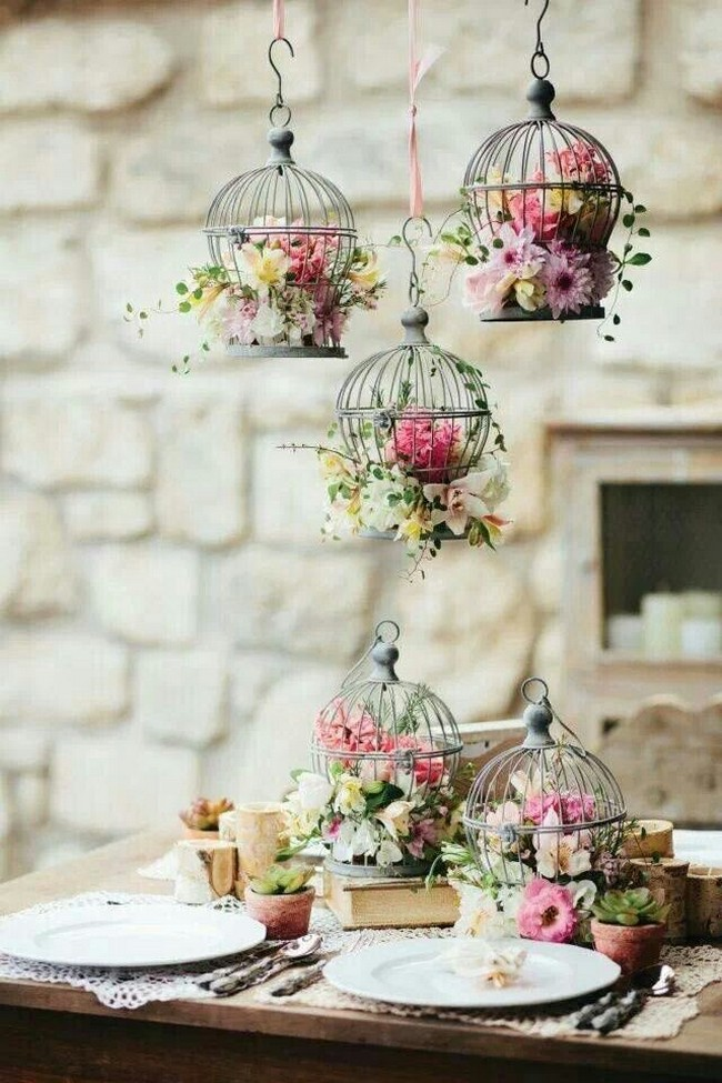 super cute birdcage vintage wedding decor