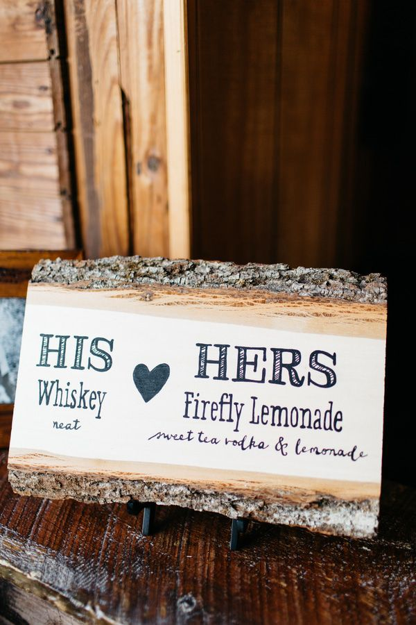25 sweet and romantic rustic barn wedding decoration ideas easy diy rustic barn wedding sign ideas junglespirit Images