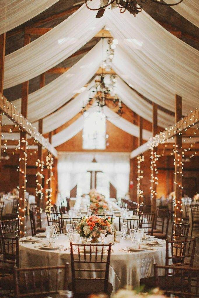 the best romantic wedding ideas for barn weddings