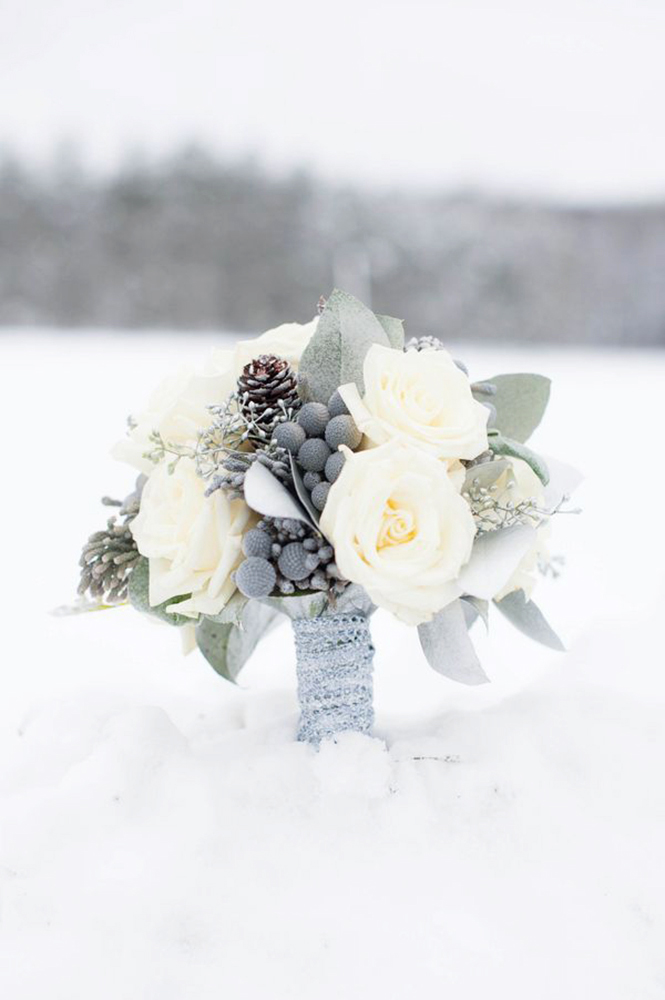 elegant grey winter wedding bouquets