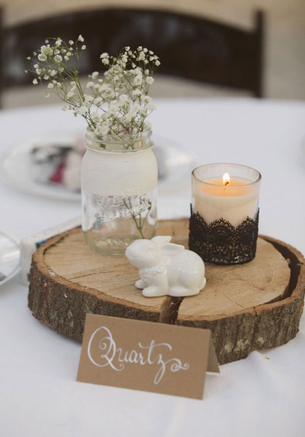 How To Incorporate Mason Jars Into Your Wedding Decor