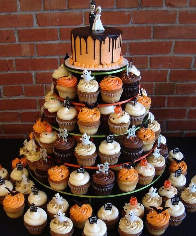 Cupcake Halloween Fall Wedding Cake Alternatives
