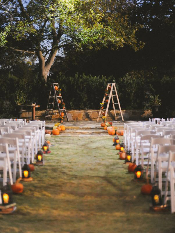 Fall Wedding Ceremony Ideas with Pumpkins
