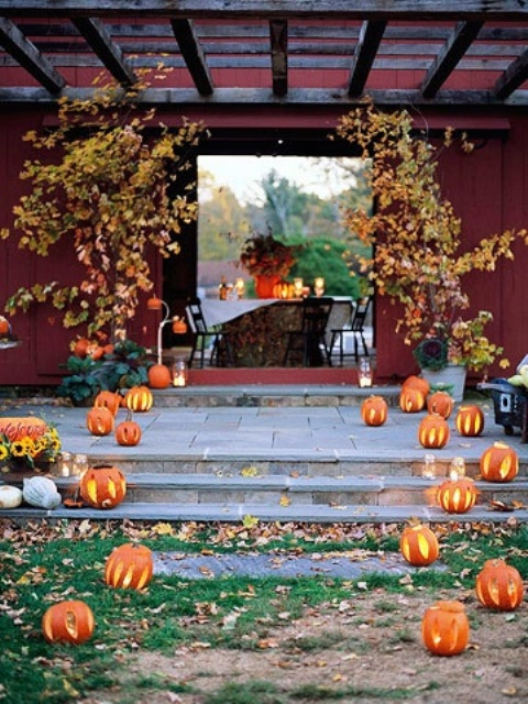 Impressive Halloween Wedding Aisle Decor Ideas