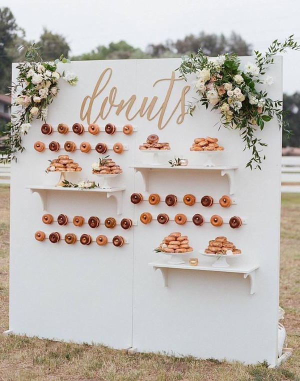 Rustic Wedding Donut Walls
