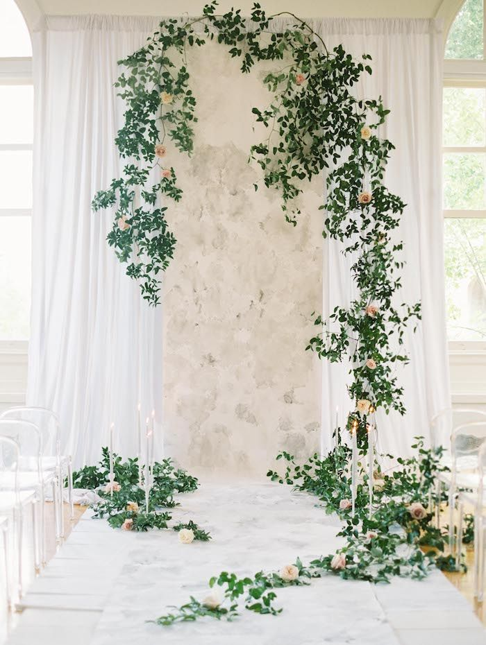 Unique garden inspired greenery weddin backdrop ideas