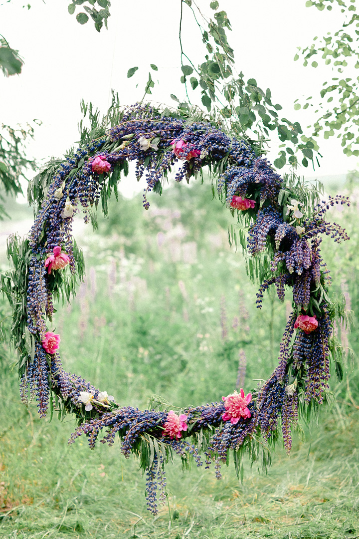 lavender and pink wedding floral wreath decoration