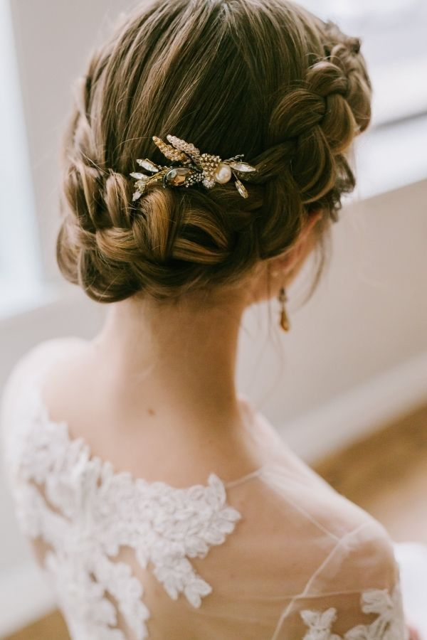 the perfect elegant wedding hairstyles