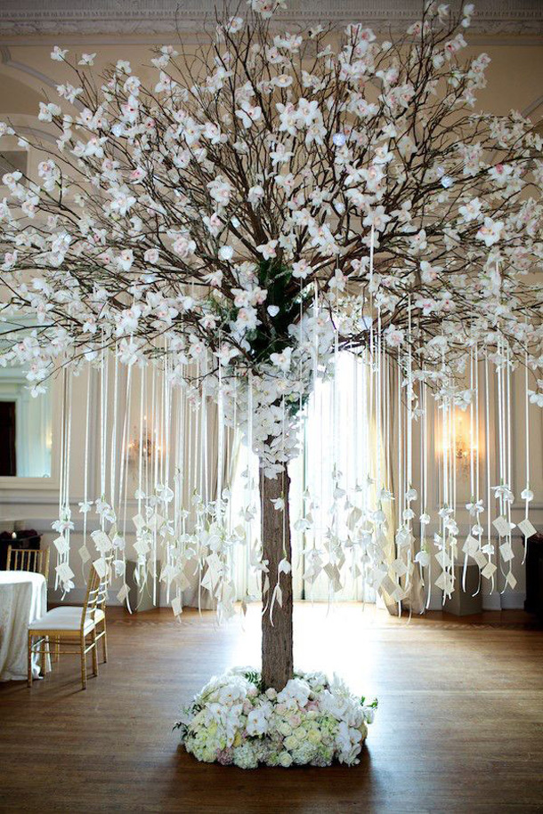 Beautiful wedding escort card tree design