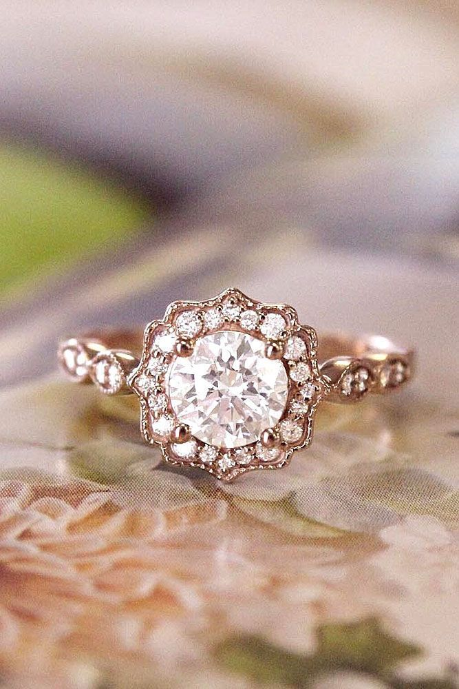 Brilliant rose gold Engagement Rings