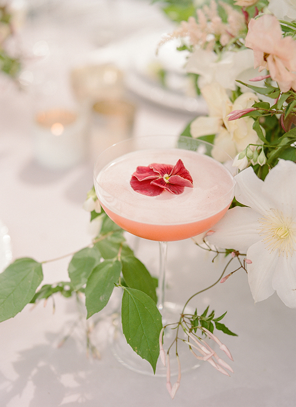 Elegant Signature Cocktail Garnish with Edible Flower