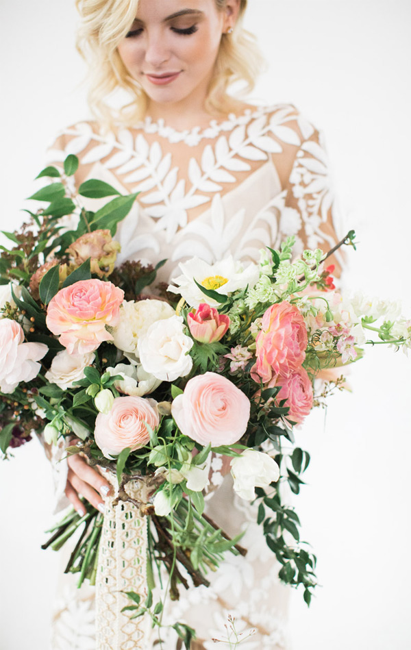 Organic-looking Blush Wedding Bouquets Spring Wedding Ideas