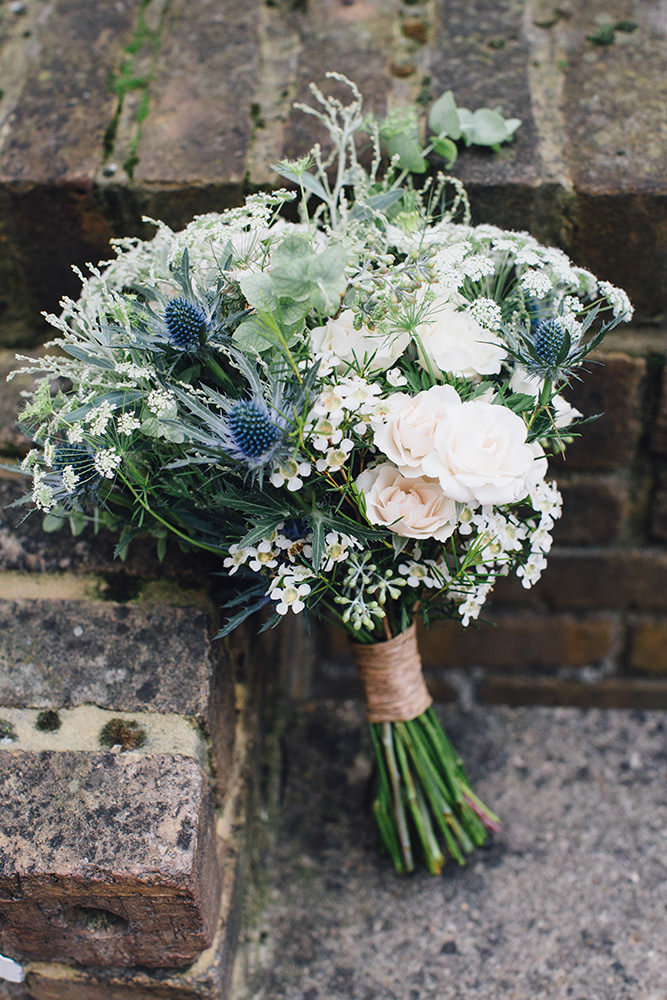 amazing wildflower rustic style wedding bouquets