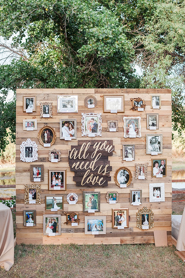 photo display wood wall wedding decoration ideas