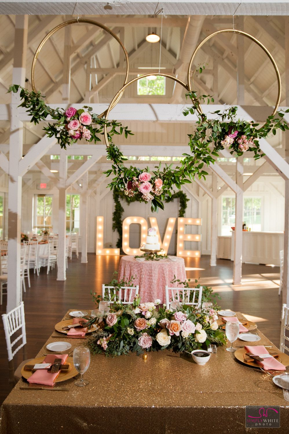 flower hoops wedding reception decoration