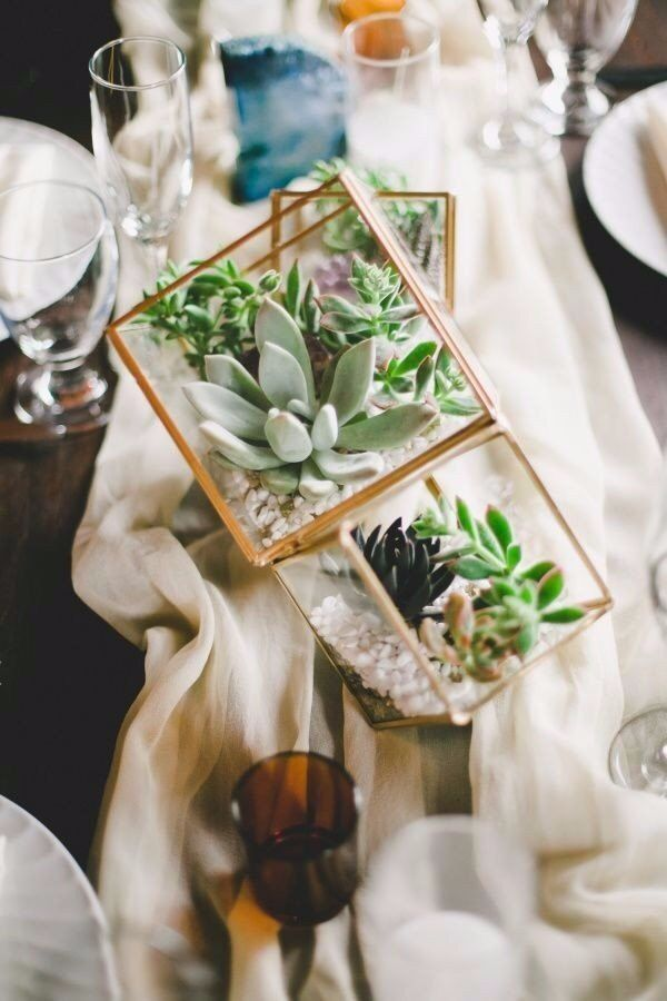 geometric and succulents wedding centerpieces ideas