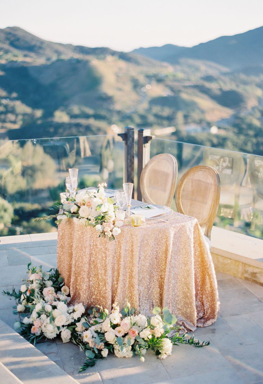 stunning wedding table decotaion ideas with florals