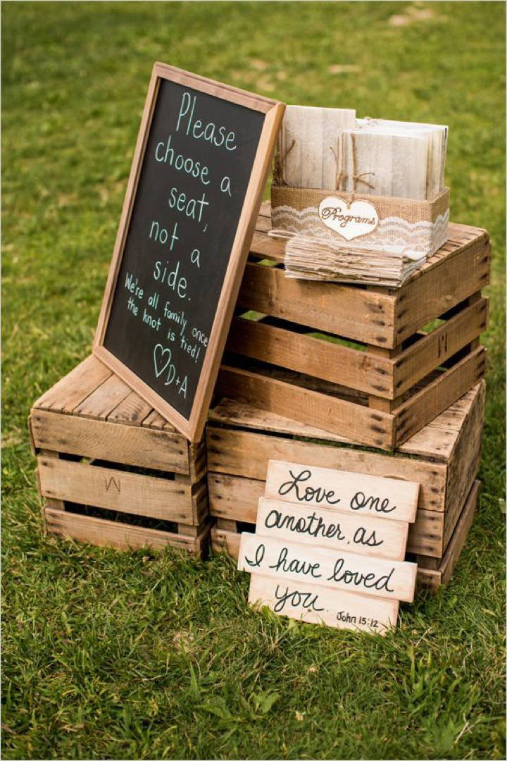 Budget-Friendly Country Wedding wooden Crate Decoration Ideas