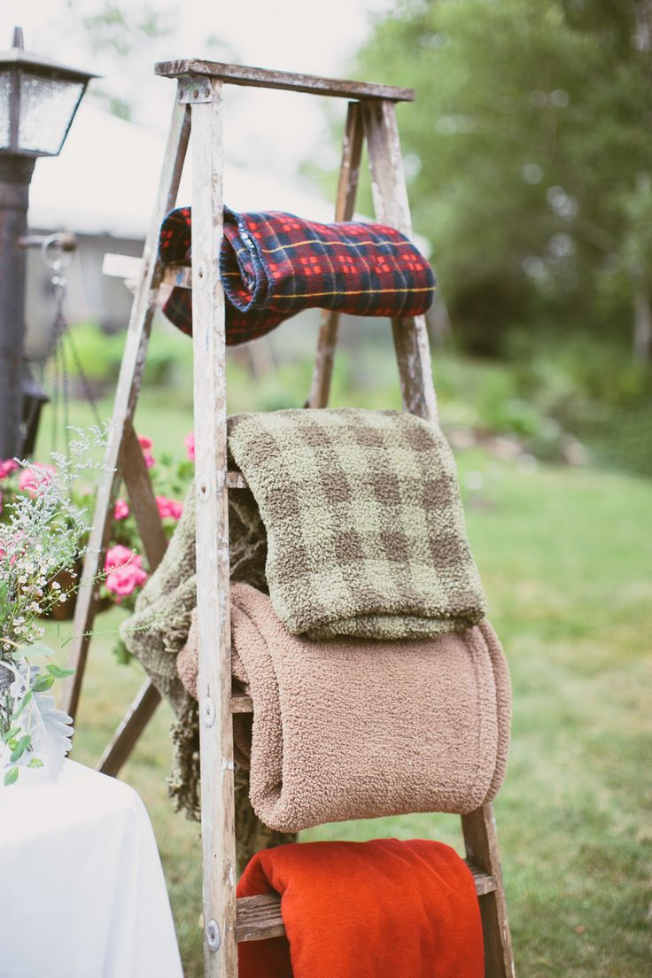 Vintage Country Wedding Ideas with Ladders