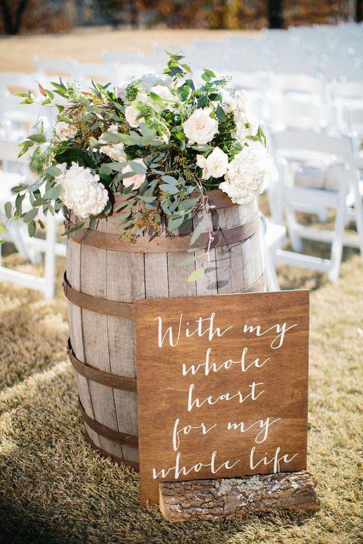 beautiful wooden wedding ceremony sign decorating ideas