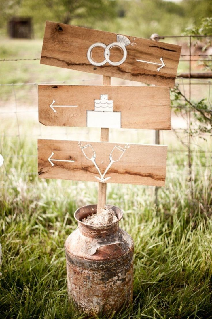 unique simple diy rustic wedding derection signs