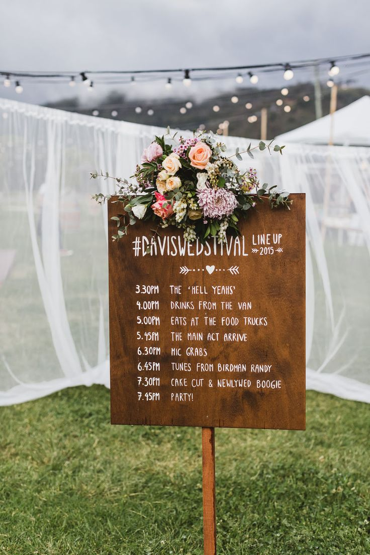 wood wedding time schedule board sign ideas