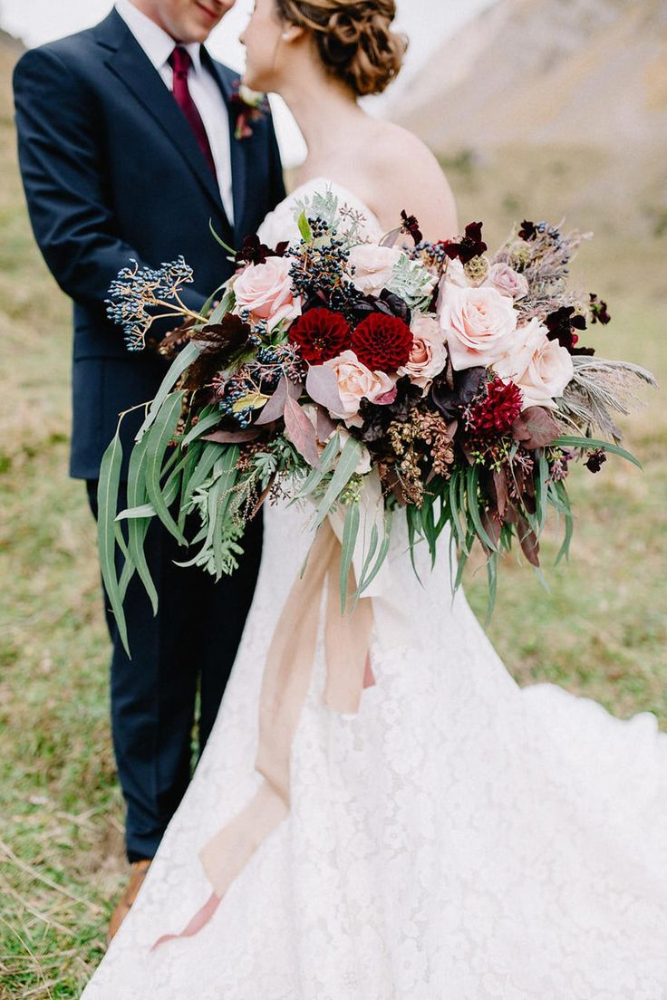 gorgeous blush and crimson autumn bridal bouquets